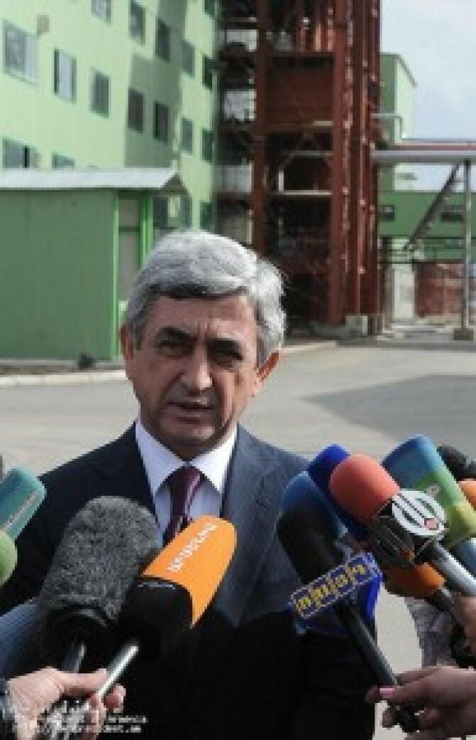 Սերժ Սարգսյան. «..զզվում եմ բոլոր այն մարդկանցից, ովքեր փորձում են բանակի հաշվին քաղաքական դիվիդենտներ շահել»