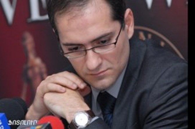 Արման Մուսինյան. Գալուստ Սահակյանի ասածները քոռ կոպեկի արժեք չունեն