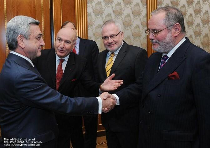 Հայաստանի նախագահը ընդունել է ԵԱՀԿ-ի միջնորդներին