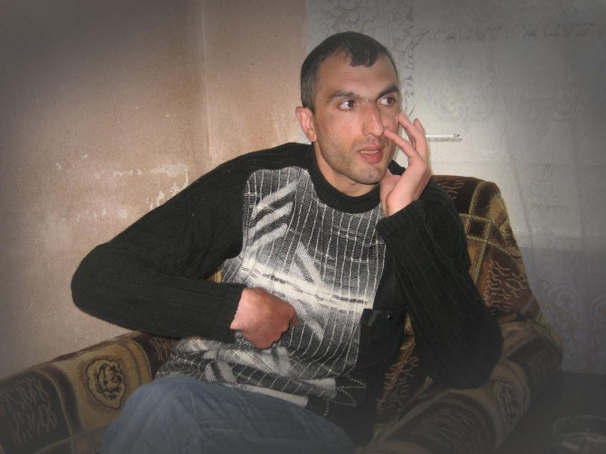 Իրավունք. 22 ամիս ադրբեջանական անմարդկային գերության մեջ անցկացրած Արթուր Բադալյանի դիմումը գրանցվել է Եվրոպական դատարանում