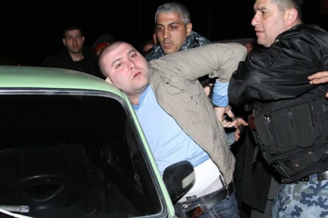 Գյումրիում ՀԿԳ ավագ քննիչին վրաերթի ենթարկողը տեղափոխվեց բանտ