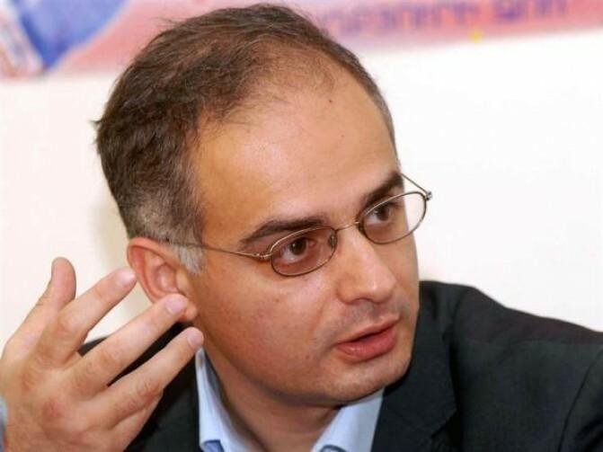 Լեւոն Զուրաբյան. «Ադրբեջանին խաղաղ կարգավորման ուղու վրա կարող է դնել միայն ժողովրդավարական, հզորացող Հայաստանը, որը դեռ գոյություն չունի»