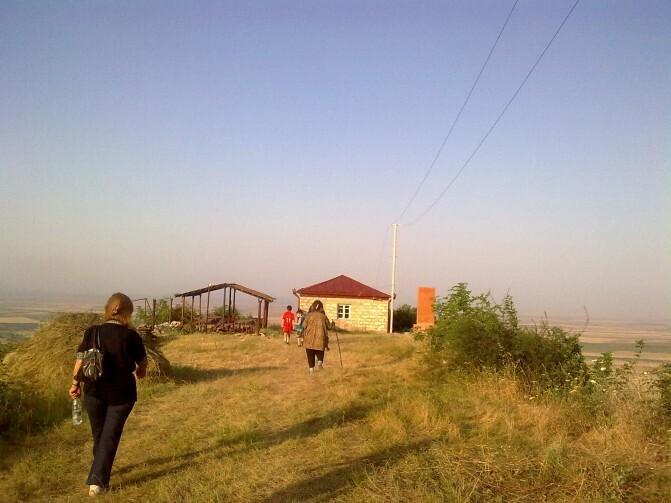 Սահմանից  այս կողմ. չնայած խնդիրներին` Լեռնային Ղարաբաղի սահմանամերձ գյուղերի բնակչությունն ավելանում է