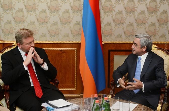 Սերժ Սարգսյանն ընդունել է Եվրամիության հանձնակատար Շտեֆան Ֆյուլեին