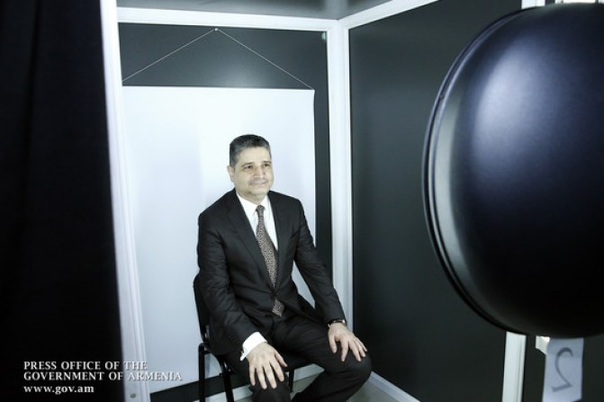 Տիգրան Սարգսյանը կենսաչափական անձնագիր ստացավ