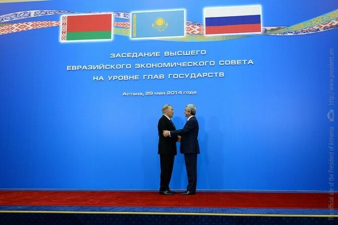 «Ռուսաստանը մեզանից վերցրեց այն ինչ հնարավոր էր, հիմա հերթը Ղարաբաղինն է». Վերլուծաբանները` Աստանայում տեղի ունեցածի շուրջ