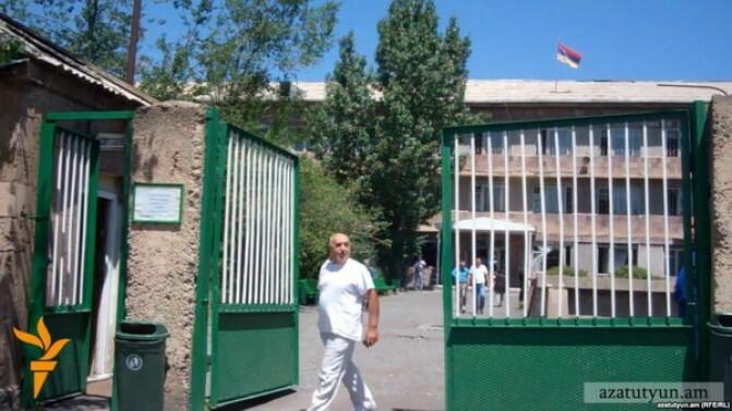 Բժիշկների «պատուհասը» Ավանի հոգեբուժարանի տնօրեն. «Առավոտ»