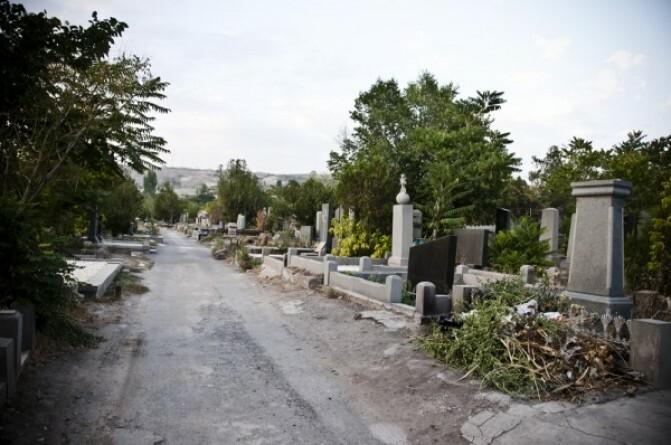Գերեզմանները «խեղդում» են Երեւանը. «Այն, ինչի վերածվում է մայրաքաղաքը, ուղղակի այլանդակություն է»