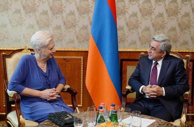 Նախագահն ընդունել է Եվրամիություն-Հայաստան բարեկամության խմբի ղեկավար Էլենի Թեոխարուսին