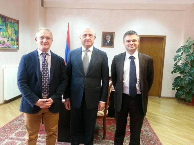 «Գյուղմթերքի 95 տոկոսը ձեռք կբերվի անմիջապես հայ արտադրողներից». Սերգո Կարապետյանն ընդունել է «Քարֆուր» ներկայացուցչին