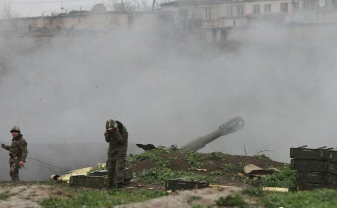 Թաքնվելով խաղաղ բնակիչների թիկունքում` ադրբեջանական հրամանատարությունն օրեր շարունակ կատարում է իր սև գործը. ԼՂՀ ՊՆ