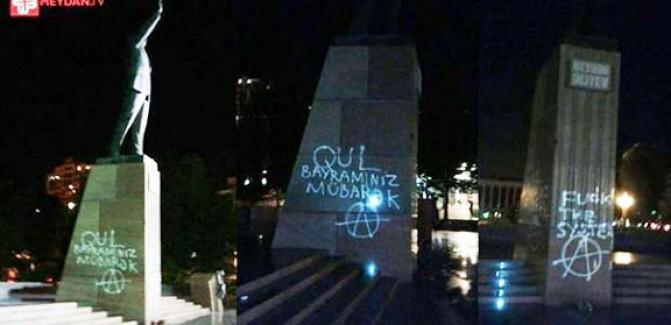 Ադրբեջան. կեցցե՛ ստրուկների տոնը. ձերբակալվել են նախկին նախագահ Հեյդար Ալիեւի արձանը պղծած երիտասարդները