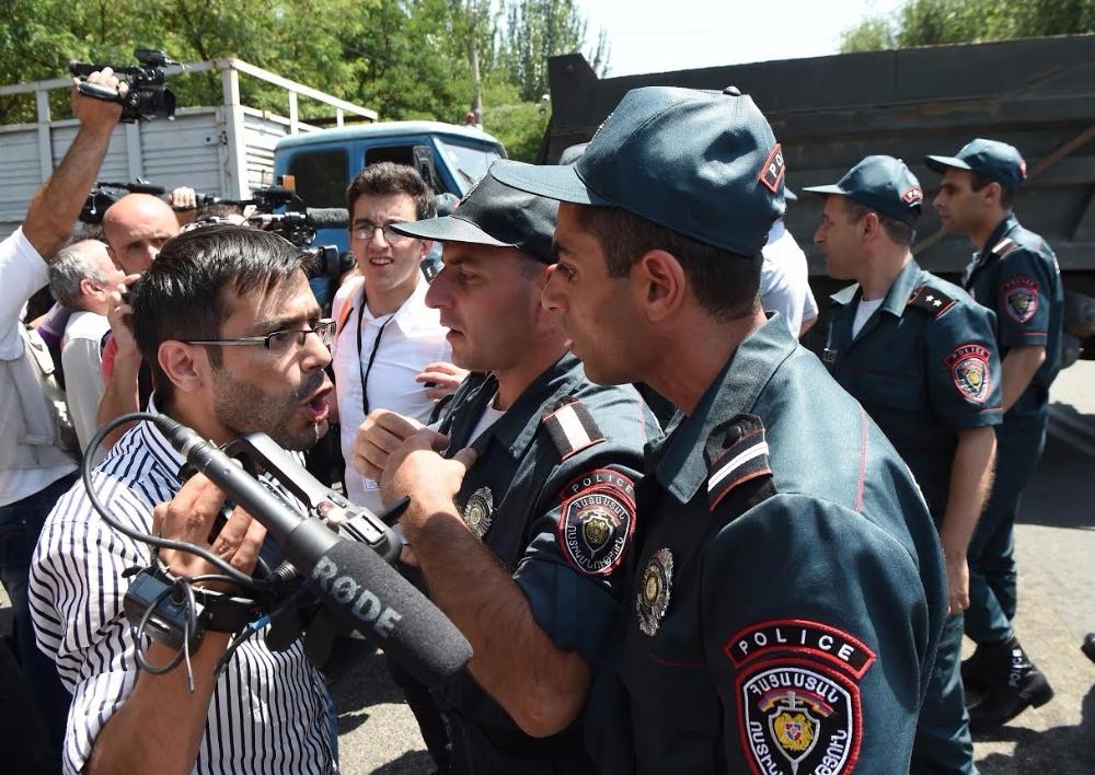 Lրագրողական կազմակերպությունների հայտարարությունը՝ լրագրողների նկատմամբ կիրառված ֆիզիկական բռնությունների եւ տարատեսակ խոչընդոտումների մասին