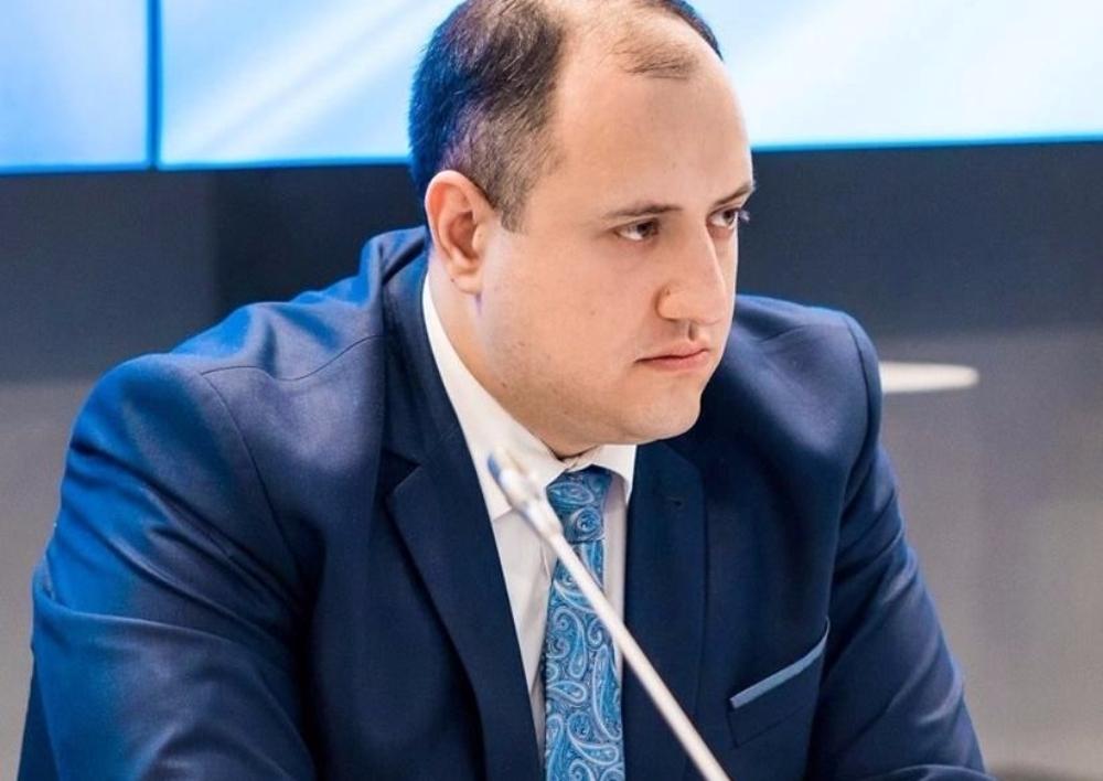 «Եթե Ռուսաստանը մեկ գնդակ կամ մեկ դանակ է վաճառում Ադրբեջանին, դա մեզ համար տհաճ է, բայց Ռուսաստանը պետություն է, որն ունի իր շահերը». ՀՀԿ պատգամավոր