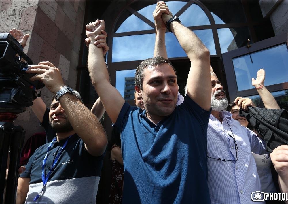 Ժիրայր Սեֆիլյանը, Գևորգ Սաֆարյանը ազատ արձակվեցին