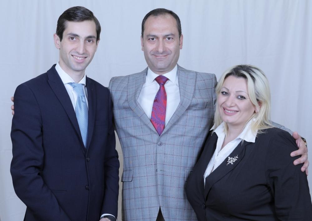 «Լուսավոր Հայաստանը» և «Հանրապետությունը» ներկայացրել են քաղաքապետի ընտրությունների համար ստեղծված«Լույս» դաշինքի լոգոտիպը