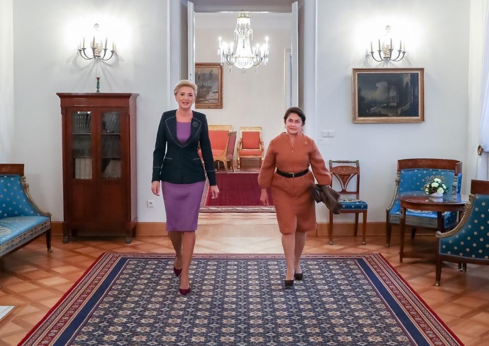 Նունե Սարգսյանը հանդիպել է Լեհաստանի նախագահի տիկնոջ հետ
