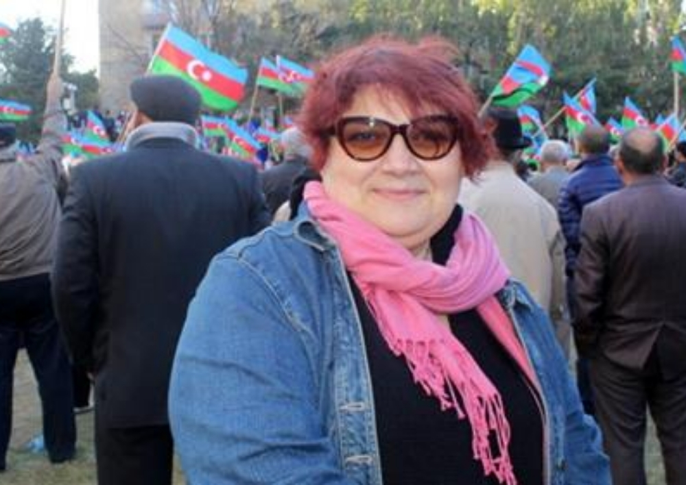 Կալանք է դրվել ադրբեջանցի լրագրող Խադիջա Իսմայիլի բանկային հաշվի վրա