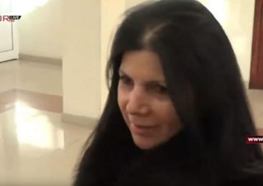 «Կլինի՞ չխոսենք». Ալեքսանդր Սարգսյանի կինը խուսափեց լրագրողների հարցերից. Տեսանյութ