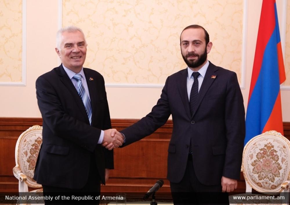 Հայկական կողմը կարեւորում է ՀՀ քաղաքացիների ԵՄ մուտքի արտոնագրերի դյուրացման երկխոսության մեկնարկը. Արարատ Միրզոյան