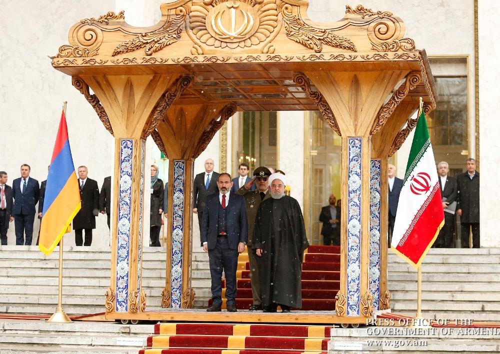 Իրանի թագավորական  պալատում տեղի է ունեցել Նիկոլ Փաշինյանի դիմավորման պաշտոնական արարողությունը. Տեսանյութ