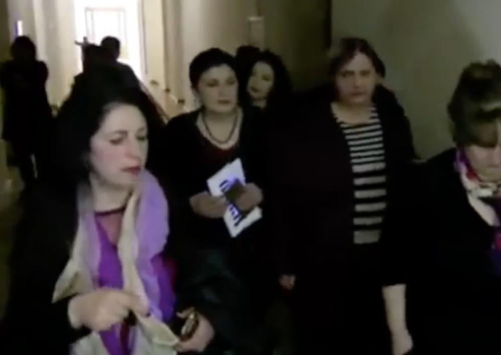 40 հազար դրամ աշխատավարձով թող իրենք աշխատեն. ԱԺ մաքրուհիների բողոքը(Տեսանյութ)