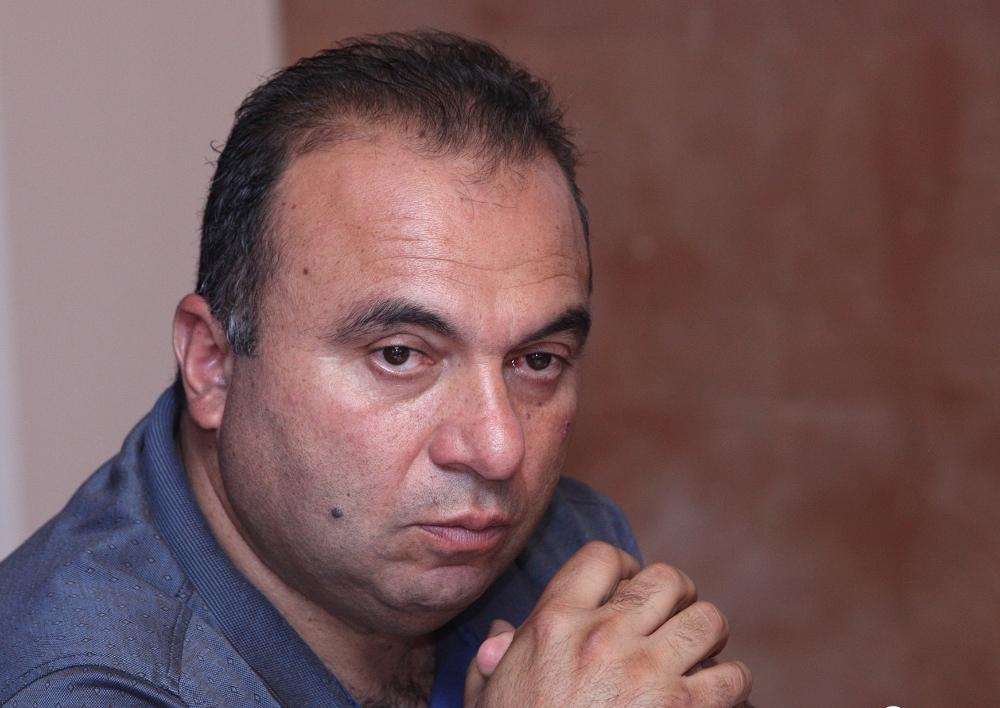 «Ե՛վ դիրք պահելն է զինծառայողի հաշվին, և՛ արյուն ու զոհ տալն է զինծառայողի հաշվին, և՛ պատիժ կրելն է զինծառայողի հաշվին». Վահան Բադասյան