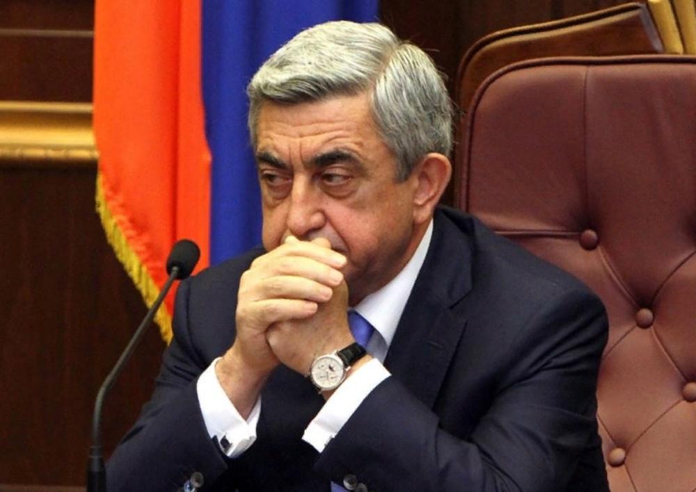 Սերժ Սարգսյանը կրկին չպատասխանեց լրագրողների հարցերին. Տեսանյութ