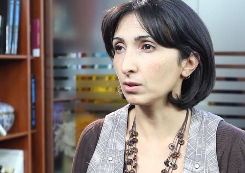 «Հայաստանը մեծ անելիք ունի, որ Ռուսաստանում դատարանը հորը սպանած աղջիկներին վերաբերվի որպես դաժան բռնության զոհերի, այլ ոչ որպես հանցագործների». իրավապաշտպան