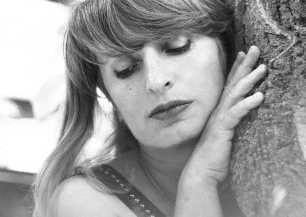 Աննա Հակոբյանը ցավակցական խոսք է հղել բանաստեղծ Կարինե Աշուղյանի մահվան կապակցությամբ