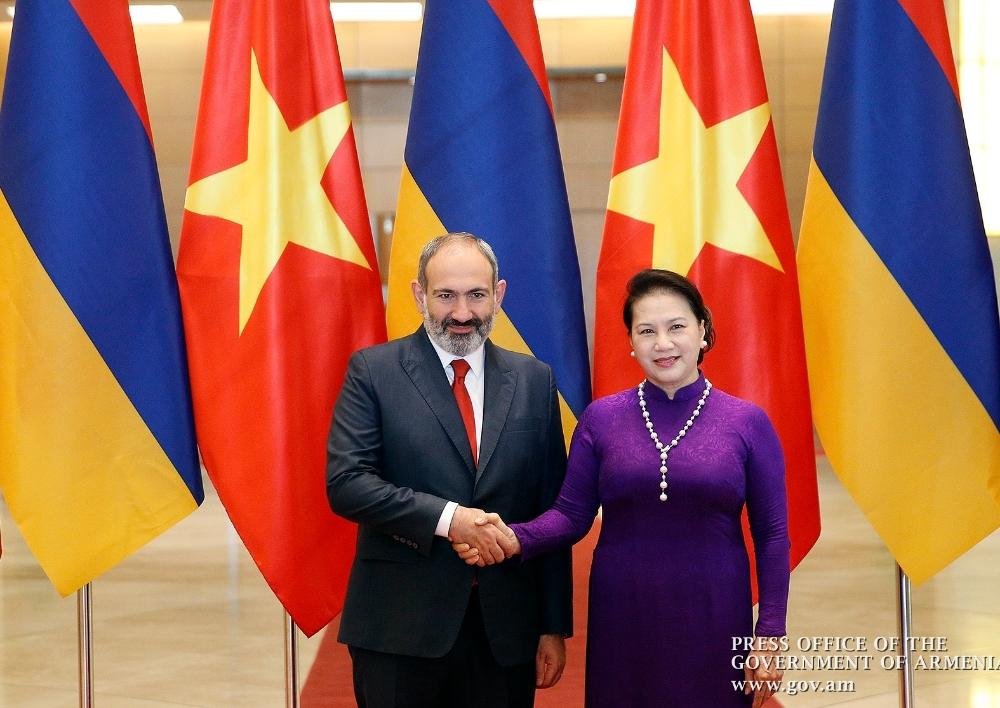 Նիկոլ Փաշինյանը հանդիպում է ունեցել Վիետնամի Ազգային ժողովի նախագահ Նգույեն Թխի Քիմ Նգան հետ