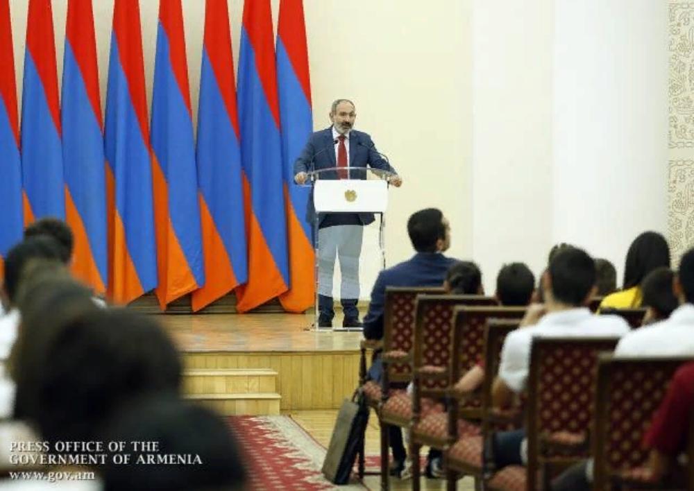 Հայաստանի մեր պատկերացումը բարձր գիտելիքներով, հնարավորինս բարձր ցենզով քաղաքացիների երկիրն է. Նիկոլ Փաշինյան
