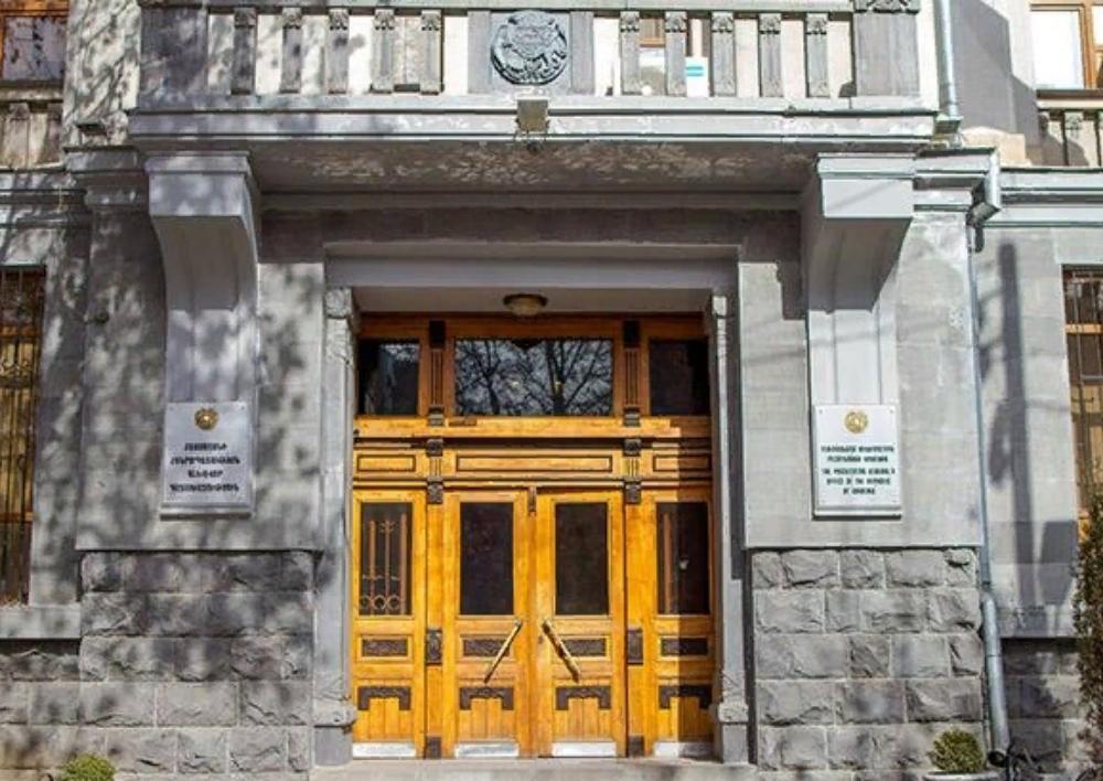 Գլխավոր դատախազը վճռաբեկ բողոք է ներկայացրել Սմբատ Այվազյանի վերաբերյալ 2008-2009թթ. կայացված մեղադրական դատավճիռները բեկանելու, փոփոխելու և նրան արդարացնելու վերաբերյալ