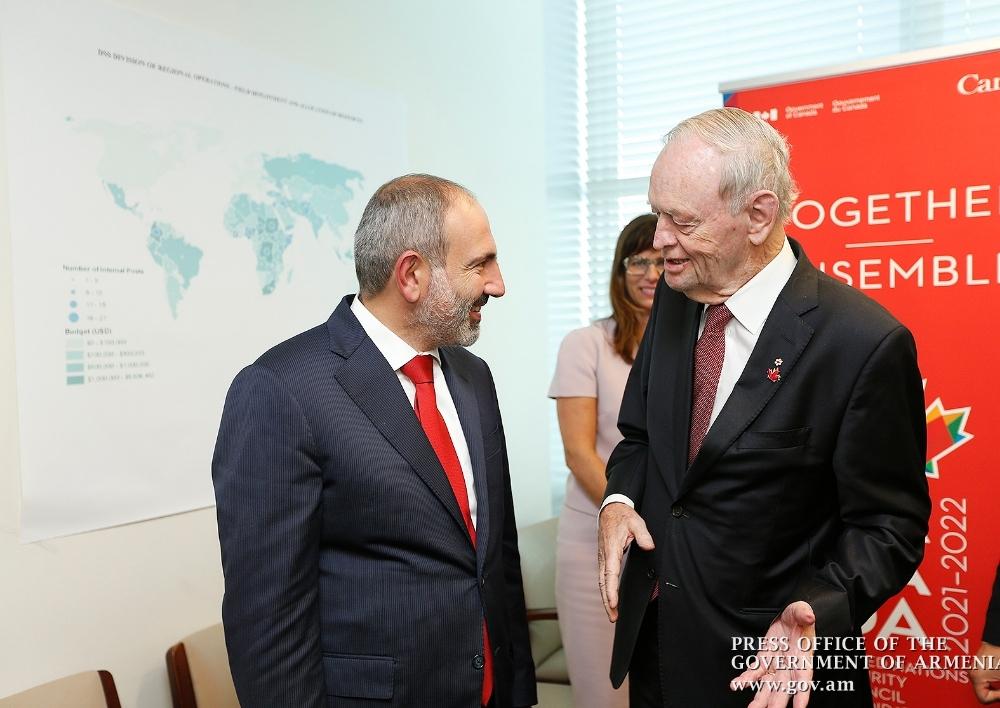 Նիկոլ Փաշինյանը և Ժան Քրեթեյնը քննարկել են հայ-կանադական կապերի զարգացման հարցեր