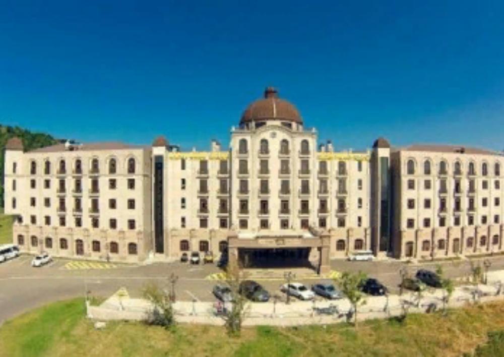 «Գոլդեն Փելիս» հյուրանոցը որպես նվիրատվություն անցավ ՀՀ կառավարությանը․ Տեսանյութ