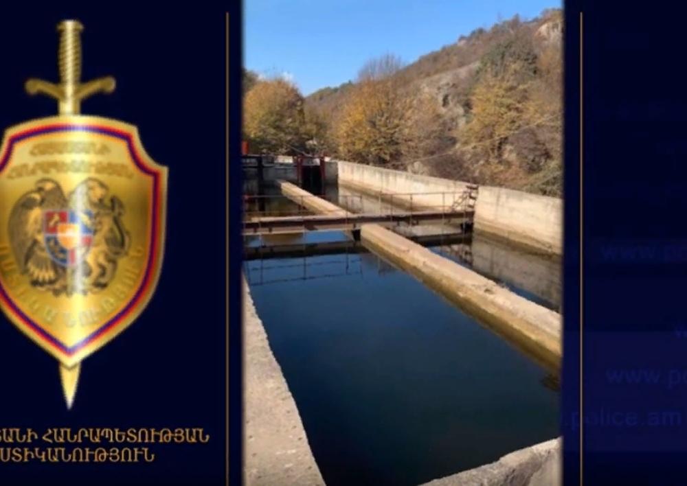 Ոստիկանները բացահայտել են Վանաձոր համայնքի նախկին ղեկավարի ապօրինությունները . Տեսանյութ
