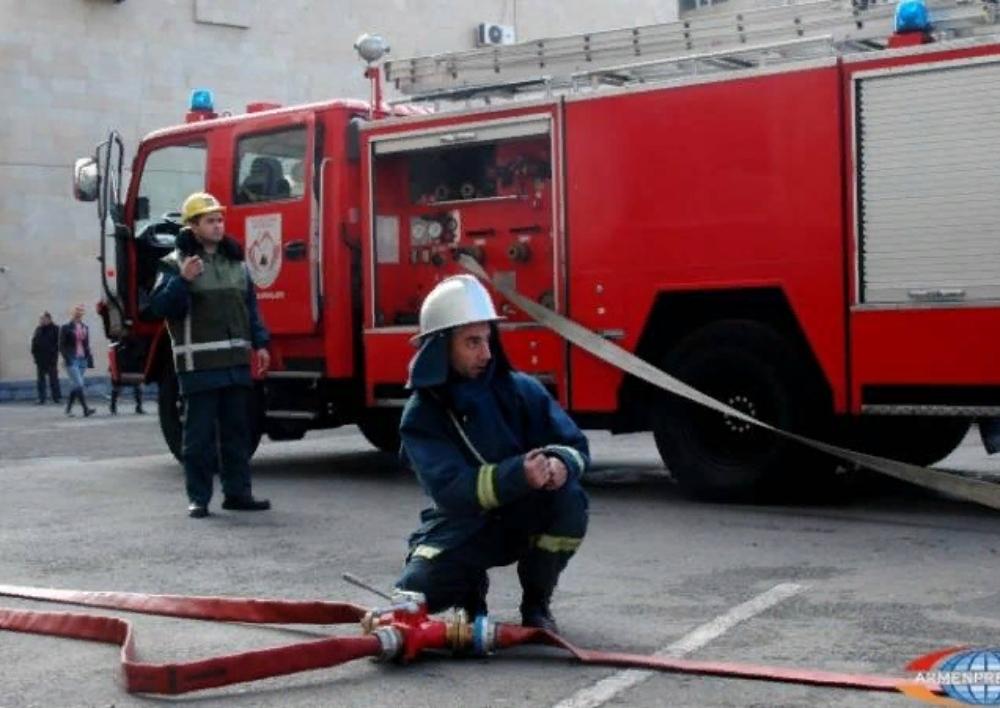 ՀՀ ԱԺ-ի շենքին կից շինության տանիքում հրդեհը մեկուսացվել է