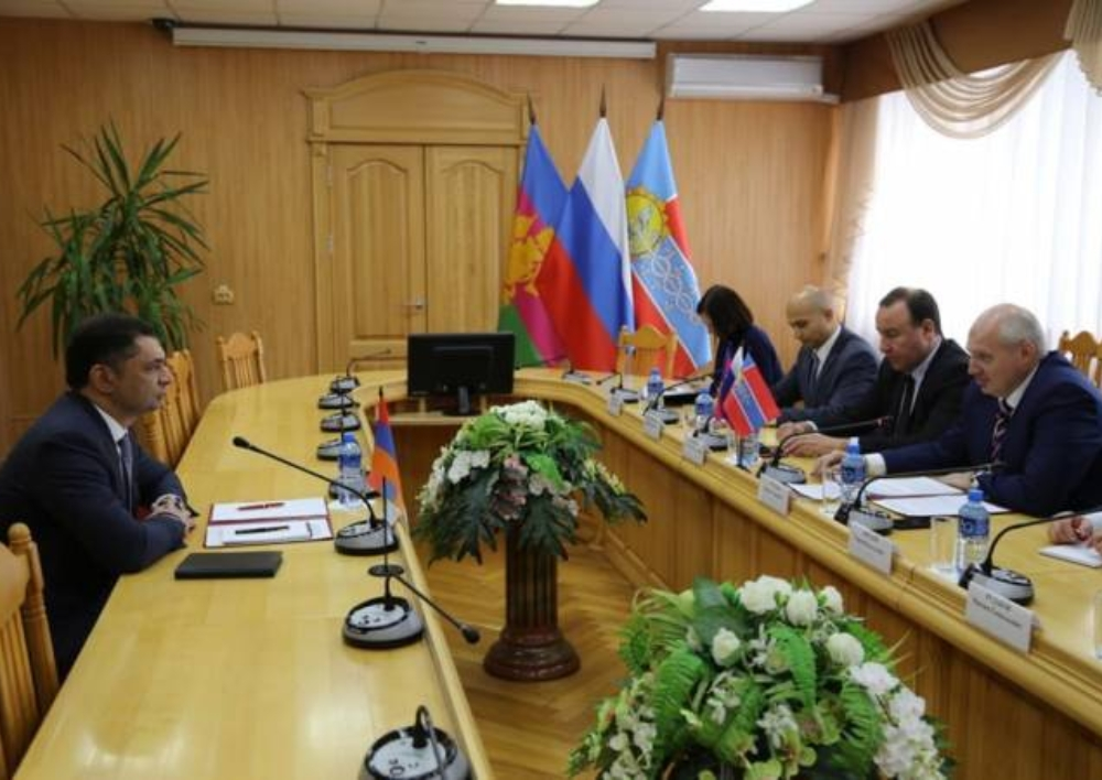 Արմավիրի քաղաքապետը դատապարտել է Նժդեհի հուշատախտակի նկատմամբ վանդալիզմի գործողությունը